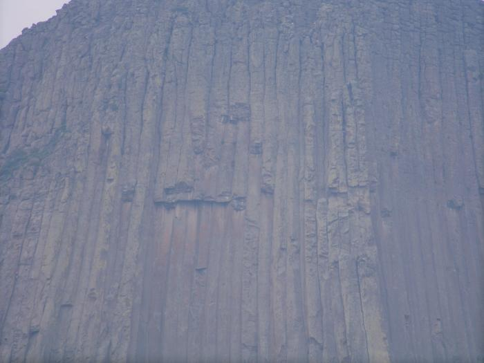 Devils Tower - Close up